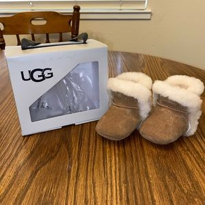 Ugg infant slippers 0/1 chestnut